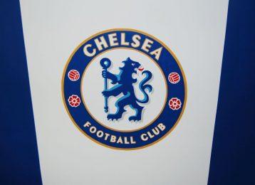 Muurschildering van het logo van voetbalclub Chelsea