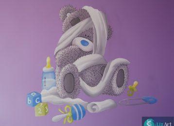 Muurschildering Me To You Bear met speelgoed