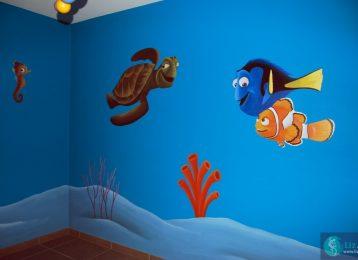 Muurschildering in kinderkamer met Marlin, Dory en Crush de schildpad