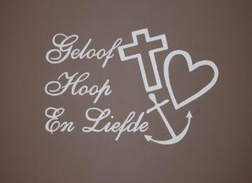 """Muurschildering """"geloof, hoop en liefde"""" in de slaapkamer"""""""
