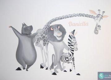 Wandschildering Madagascar figuurtjes Gloria, Melman, Alex en Marty
