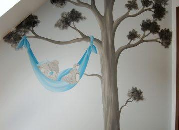 Muurschildering relaxend Me To You beertje in blauwe hangmat