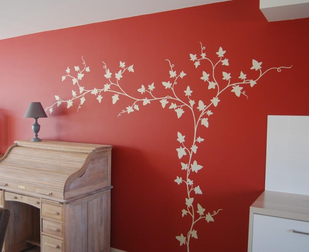 Decoratie Woonkamer Rood : Muurschildering rood klimop wit lizart