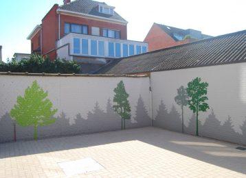Decoratie van een terras met bomen en diepte illusie