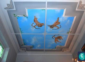 Muurschildering van vliegende engeltjes