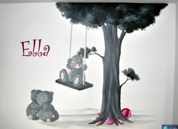 Wandschildering met schommelende me to you beer en nog 2 vriendjes
