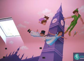 Muurschildering Peter Pan op roze achtergrond